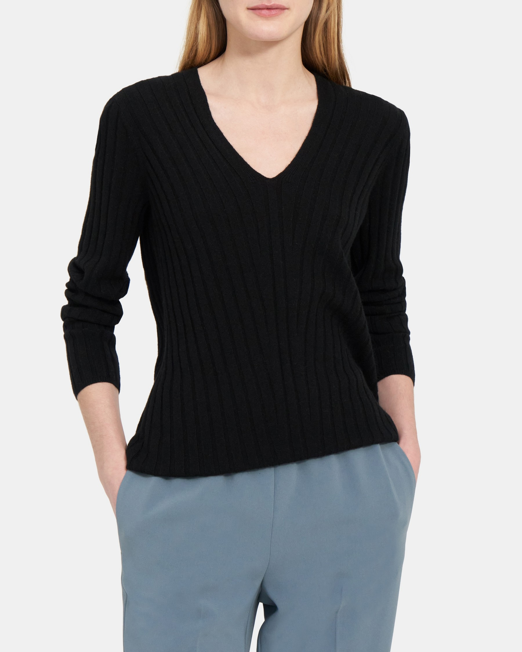 V Neck Pullover in Ribbed Cashmere   Theory