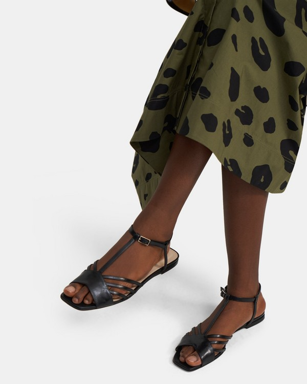 V Strap Sandal in Leather