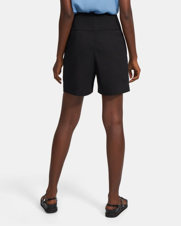 Pleated Carrot Short in Good Linen