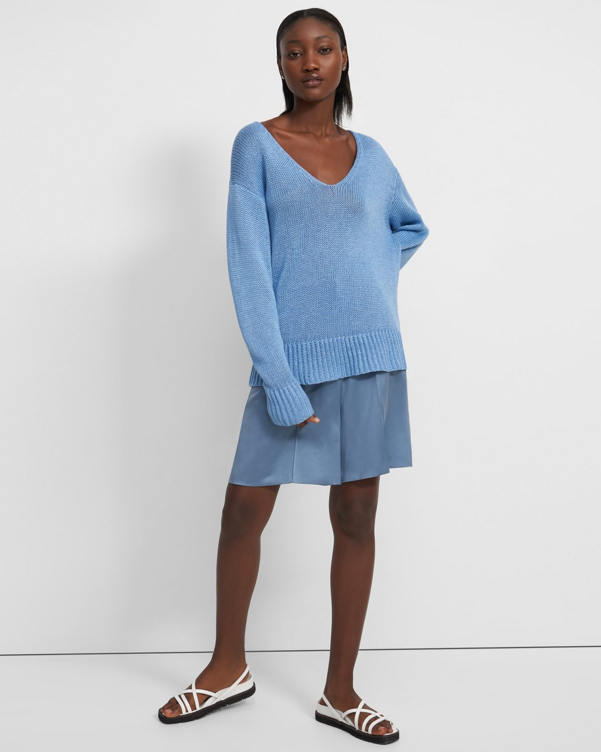 V-Neck Sweater in Knit Linen
